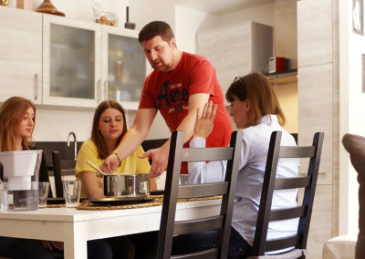 "#DoItTogether: Indesit brand launches the web series ""The Big Family Switch Up"" 2"