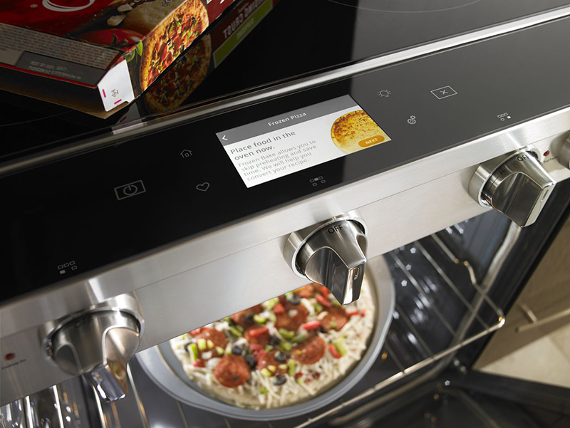 Smart Contemporary Handle Slide-in Gas Range with EZ-2-Lift™ Hinged Cast-iron Grates